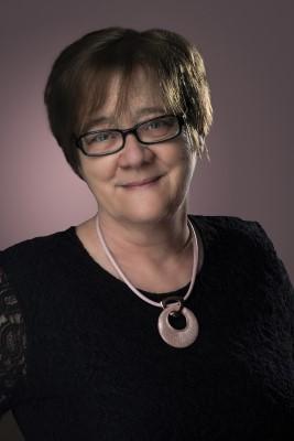 Minya Károlyné